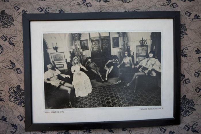 Viktorka, Eva (dochter van I. Ionesco), Venuše, Slavinka, Dašenka en Zuzanka. Foto: Antonín Nový