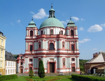 Kathedraal_basiliek_Jablonne_Wikipedia