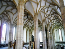 Kathedraal_Mariakerk_Most_gewelf_Wikipedia