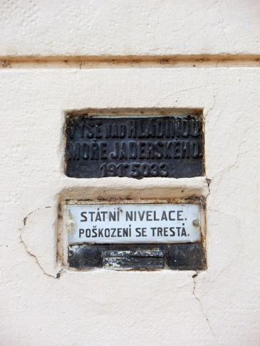 Meetpunt_zeespiegel Staromestska vodarna